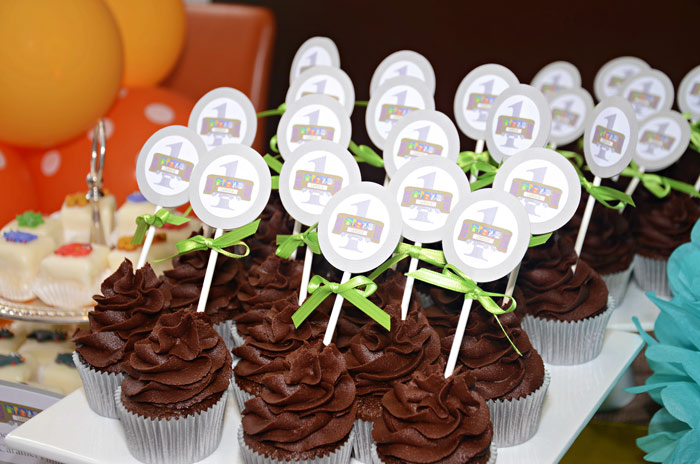 Aninal Themed Birthday Party Cupcakes